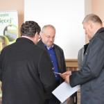 Wręczenie dyplomu i nagrody dla sołectwa Nowa Kamienica